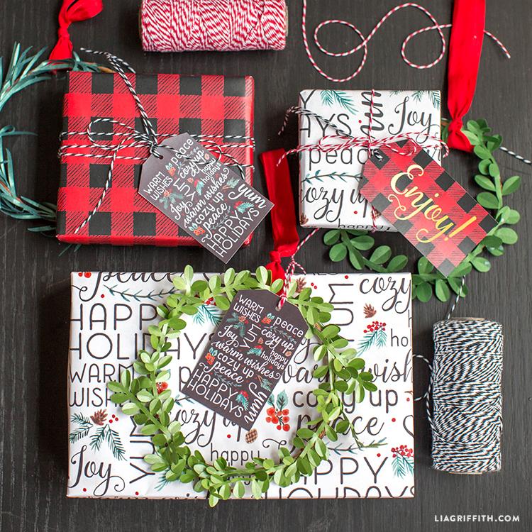 Buffalo_Plaid_Holiday_Gift_Wrap_TN