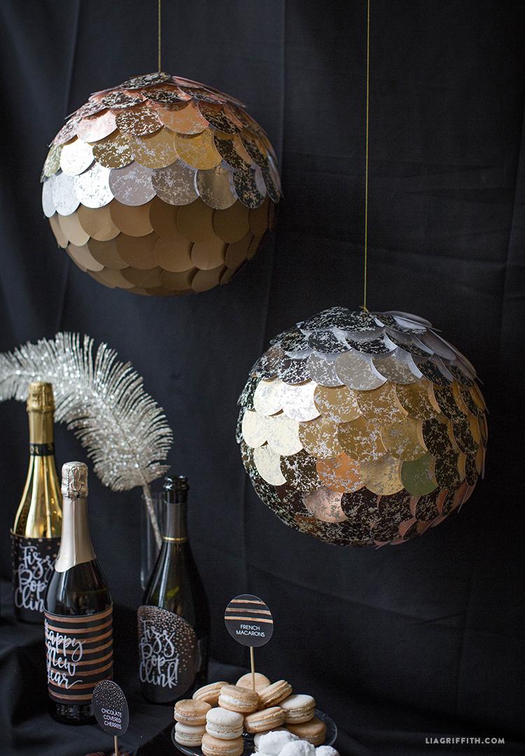 DIY_Mirror_Ball