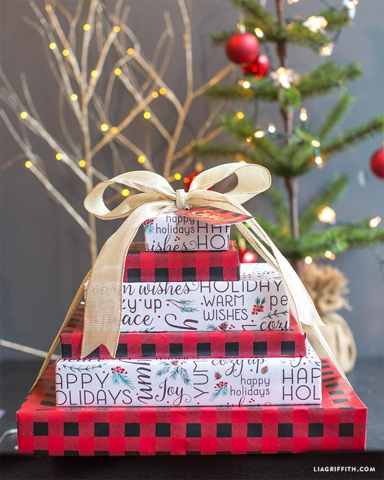 Plaid_Gift_Wrap_Buffalo_Holiday