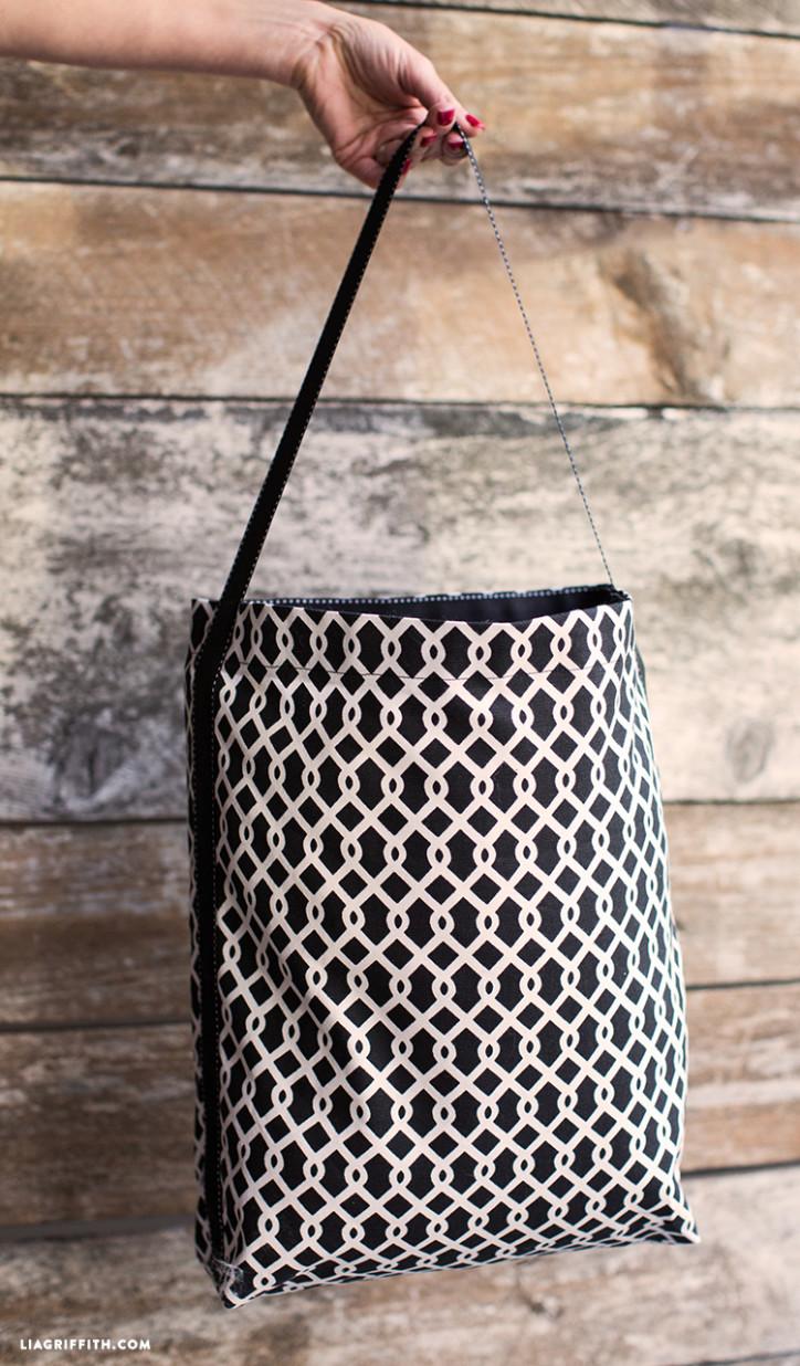 DIY_Ribbon_Fabric_Tote_Bag