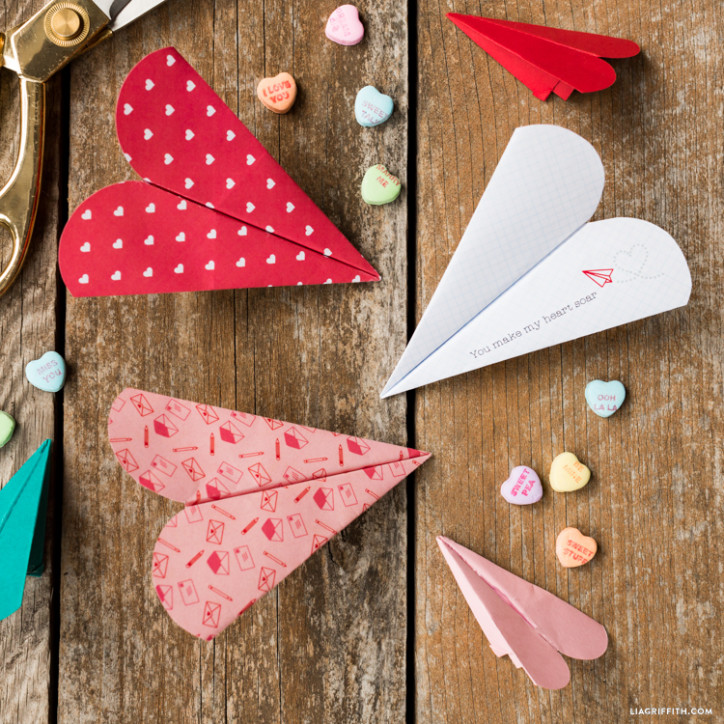 Heart Paper Airplane