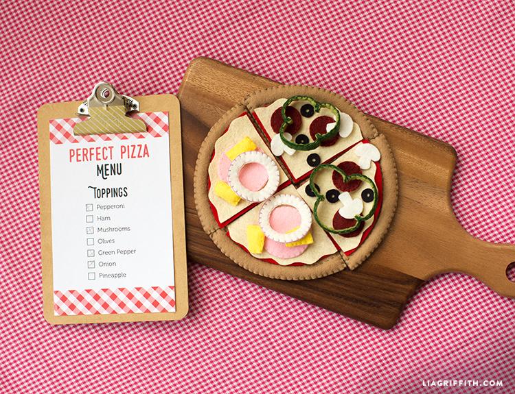 FeltPizza4