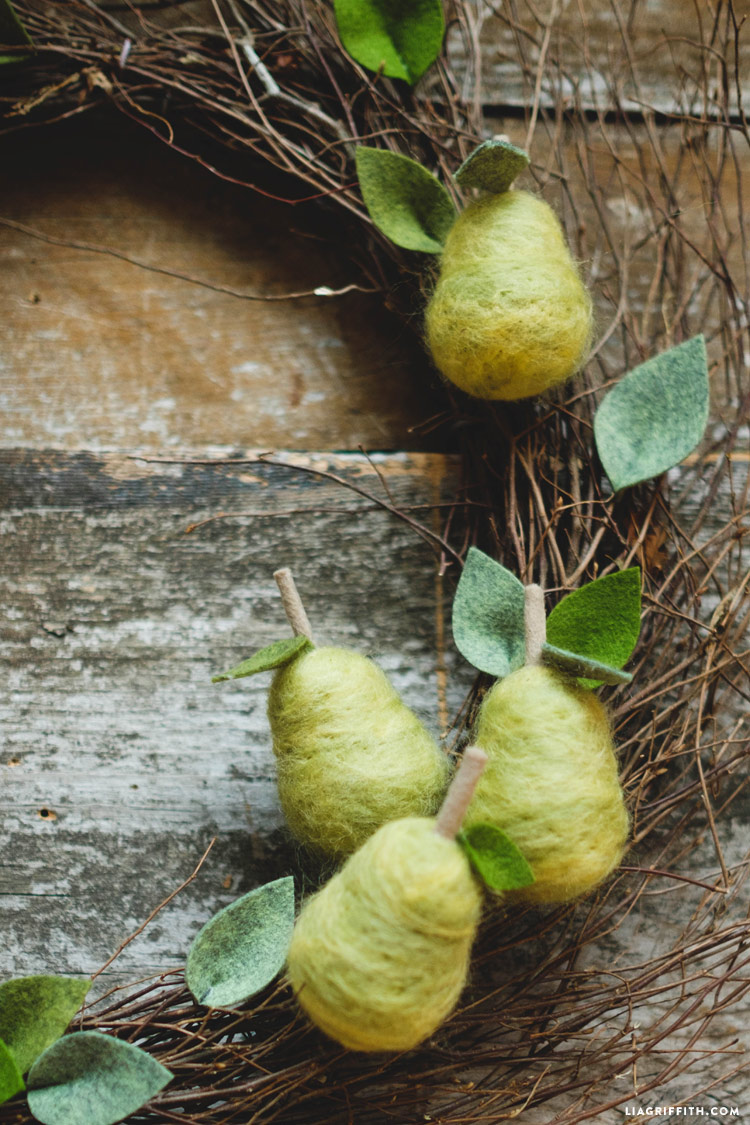 felted_partridge_pear_tree_0004