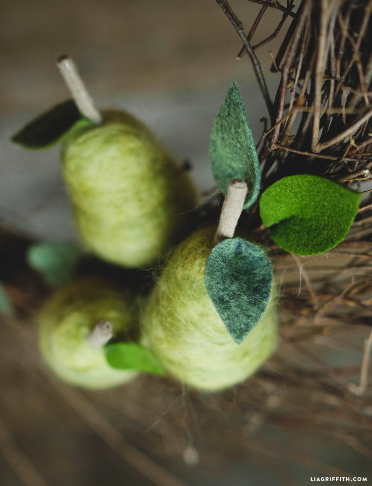 felted_partridge_pear_tree_0006