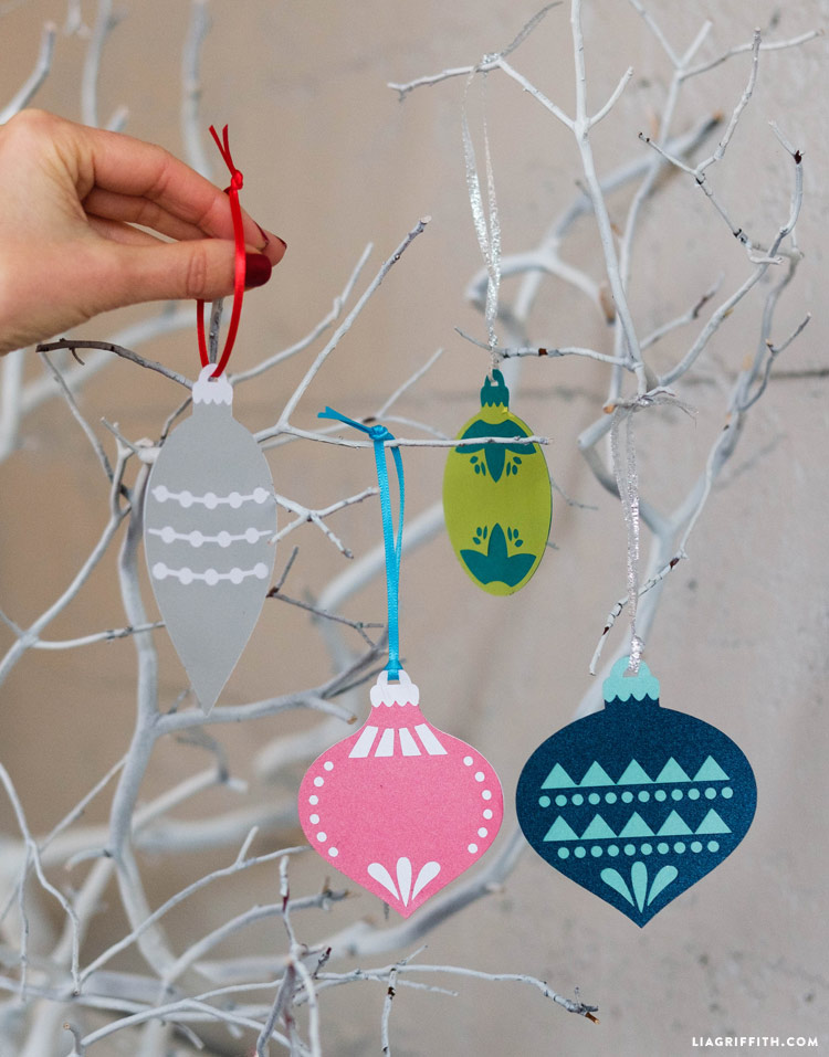 ornament_gift_toppers_0003