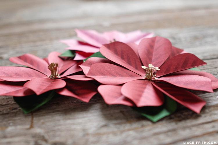 paper_poinsettia_gift_topper_0004
