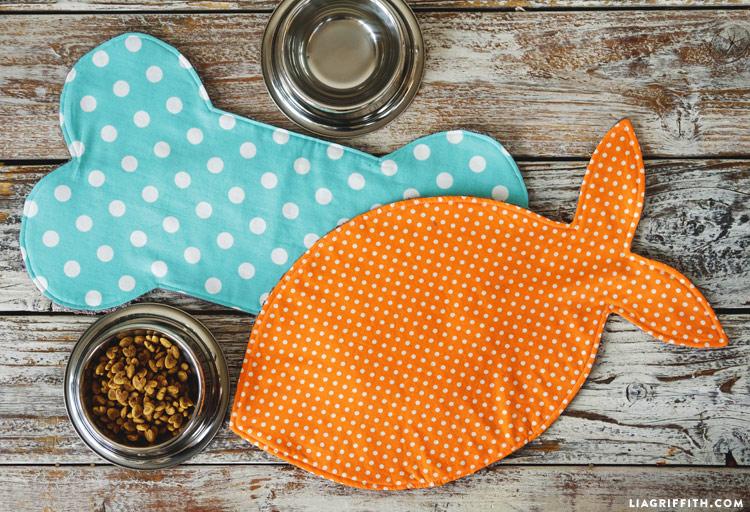 DIY Pet Dish Mat