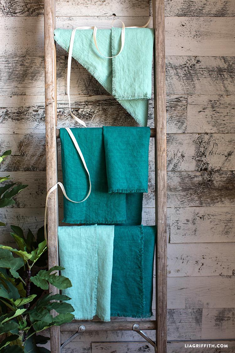 No Sew Frayed Linen Napkins Diy Tutorial
