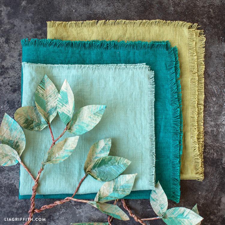 DIY Frayed Linen Napkins