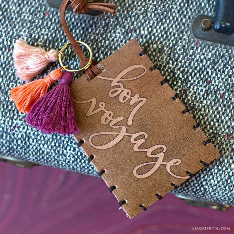 Make Your Own Luggage Tags