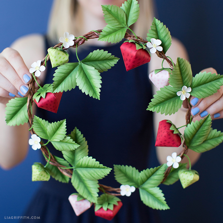 diy wreath papercut with strawberries