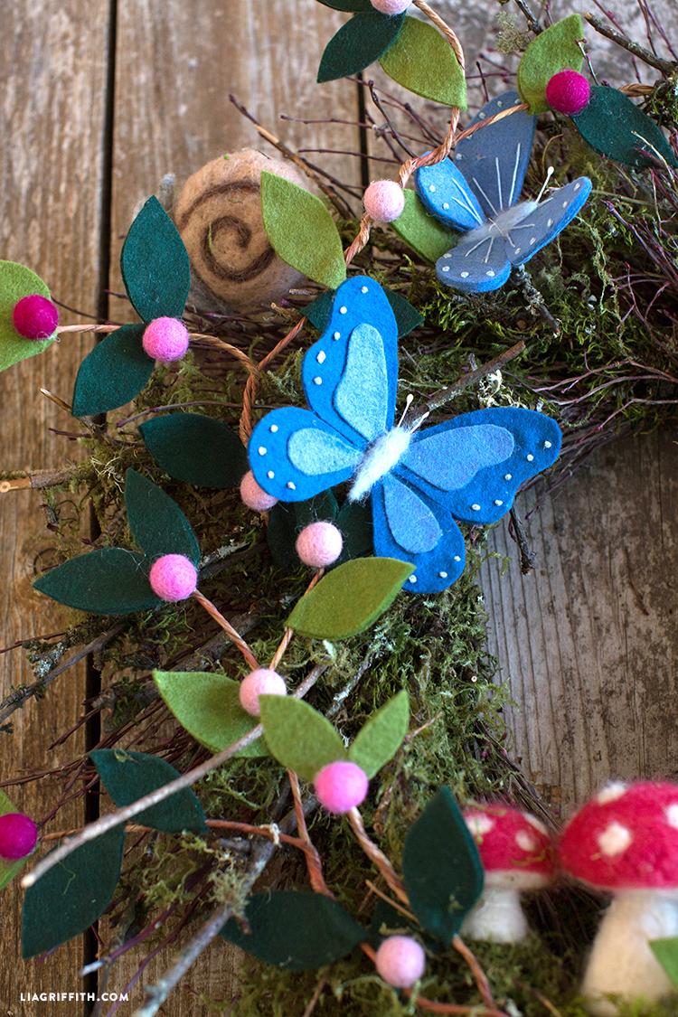 fauna and flora wreath