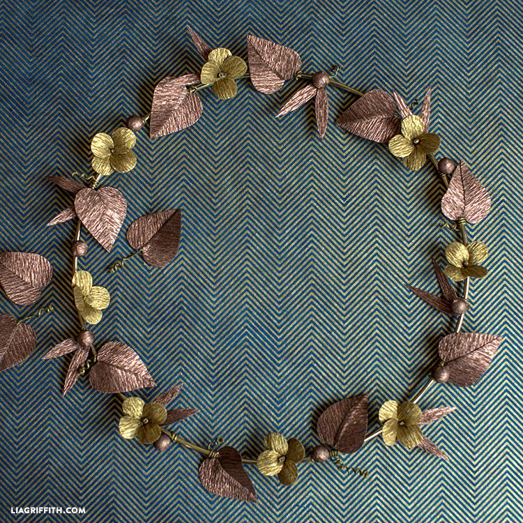 diy metallic paper wreath
