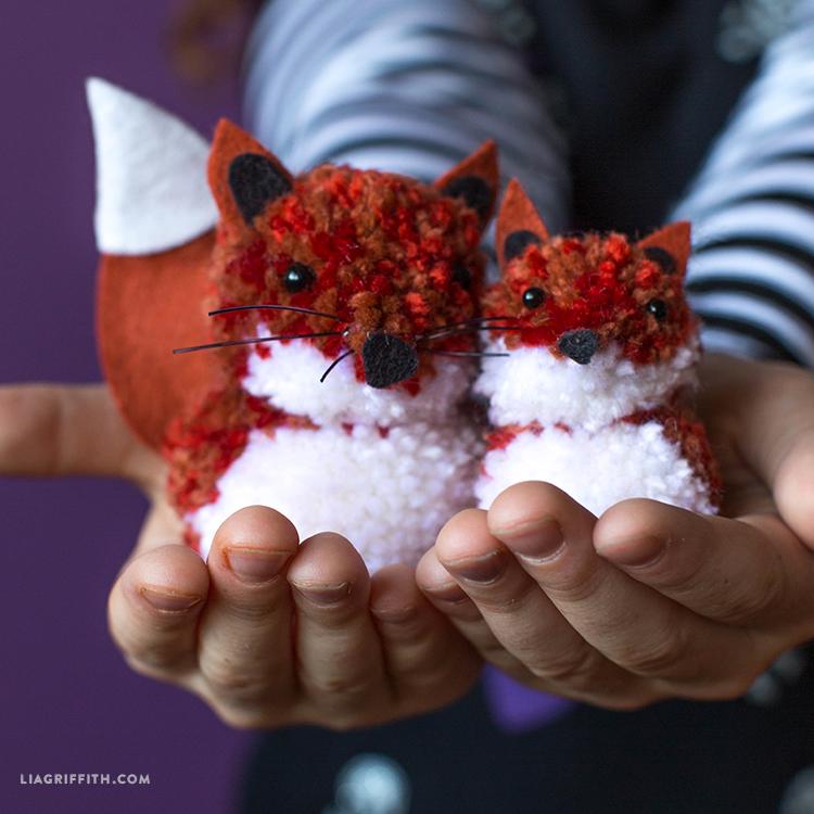 diy pom pom fox