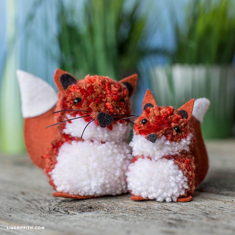 fox pom pom pals