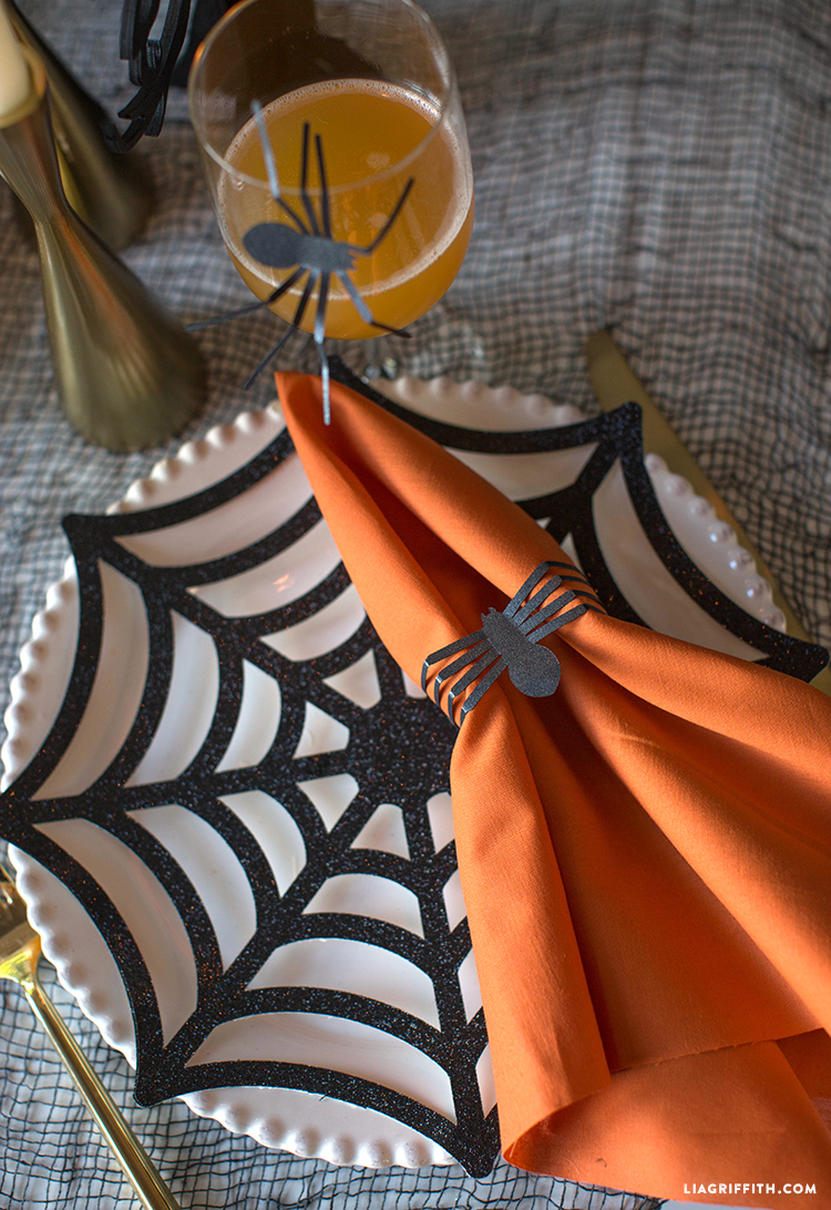 diy spider table for halloween