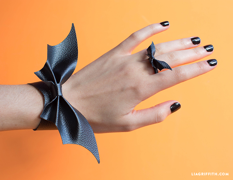 diy bat jewelry