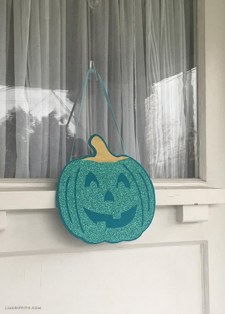 diy teal pumpkin