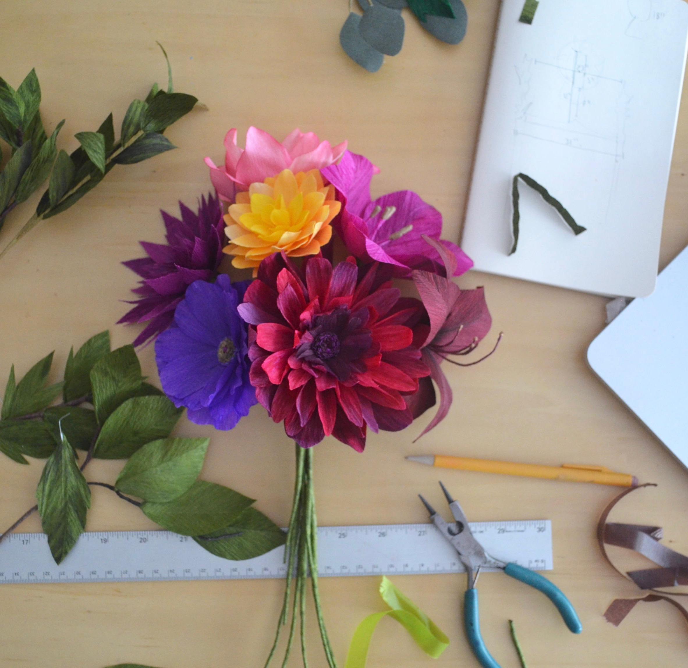 diy paper flowers lucia balcazar