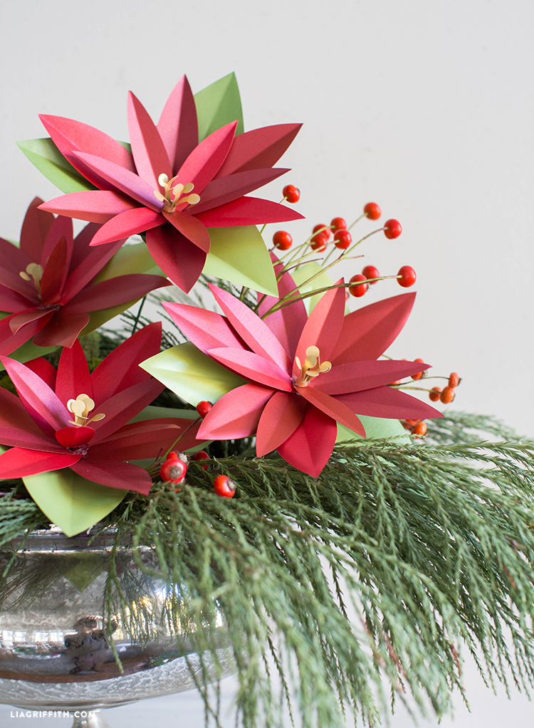 diy paper poinsettia project