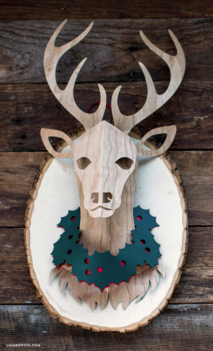 paper deer head trophy