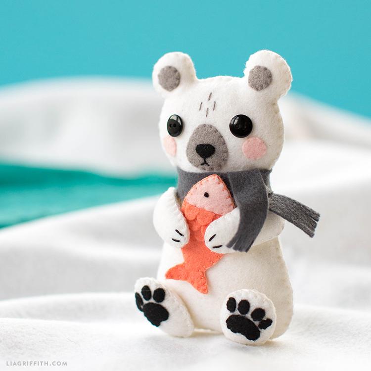 felt bear tutorial