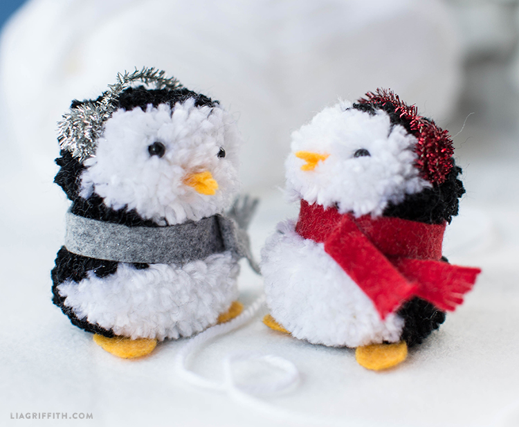 diy pom pom penguins