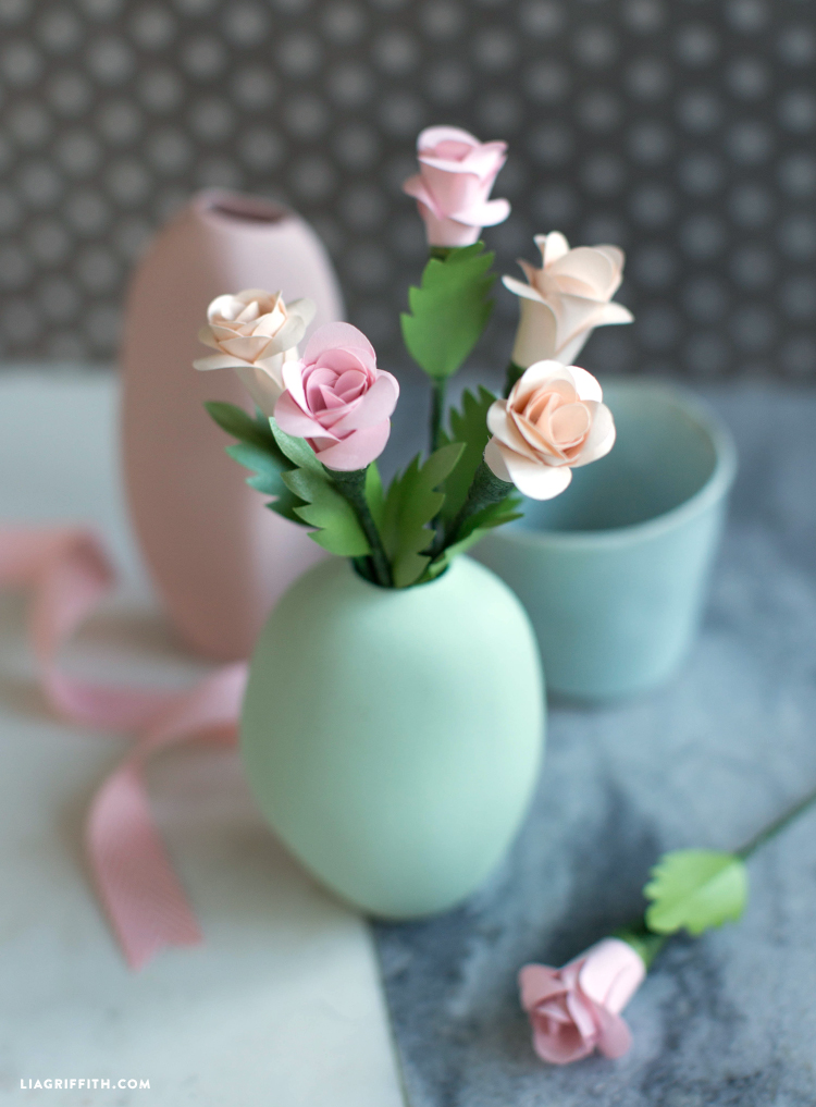 simple spiral paper roses