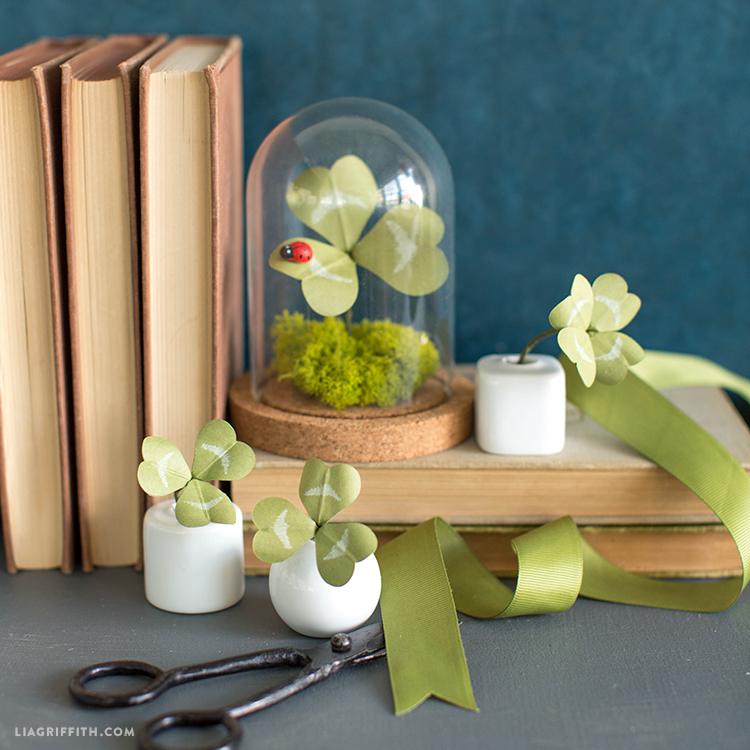 lucky paper clover