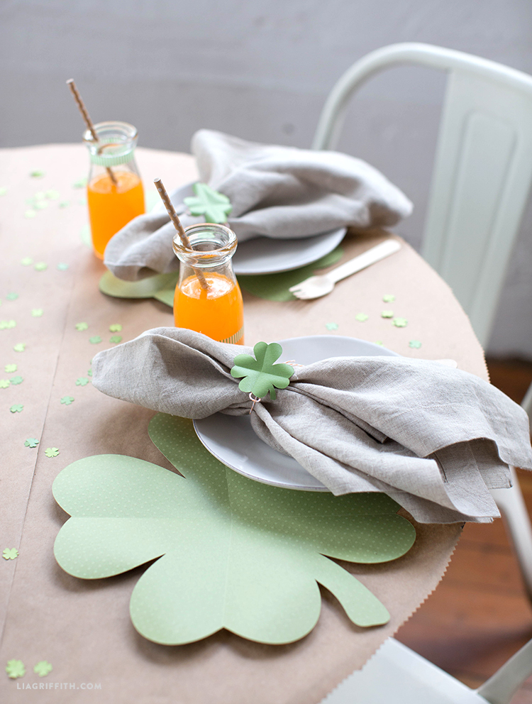clover placemats