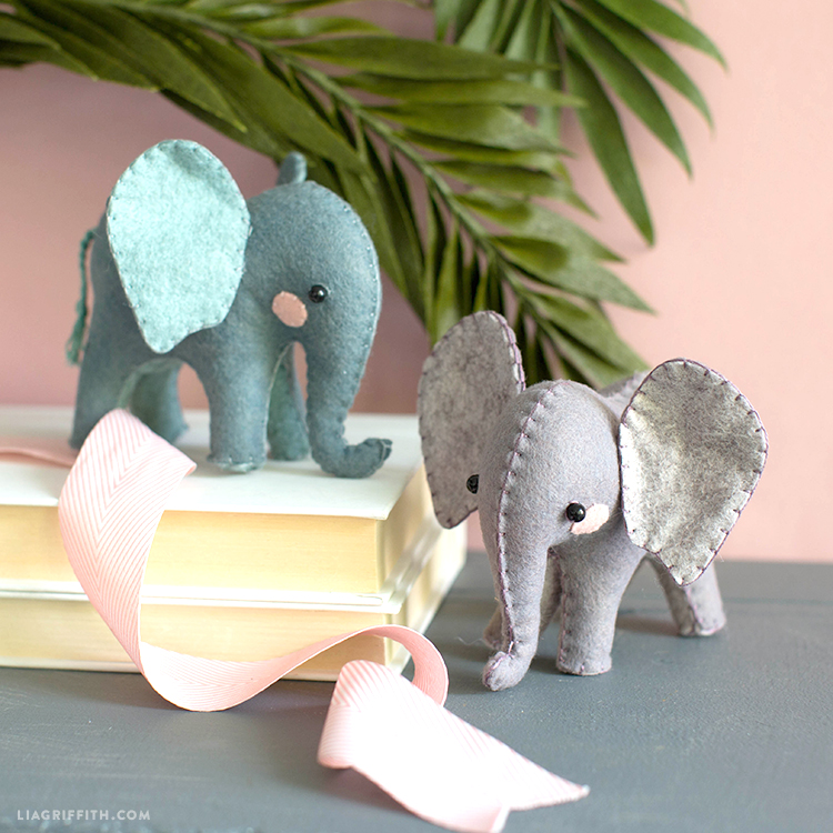 diy felt elephants