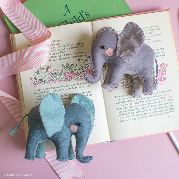 easy felt elephants