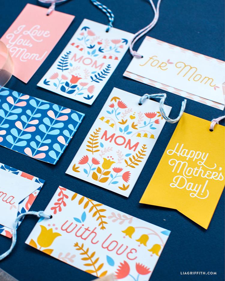 gift tags for mom and grandma