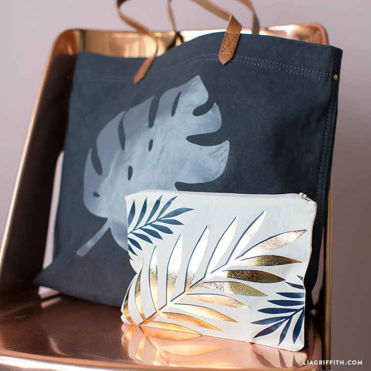 Tropical Leaf Travel Pouch