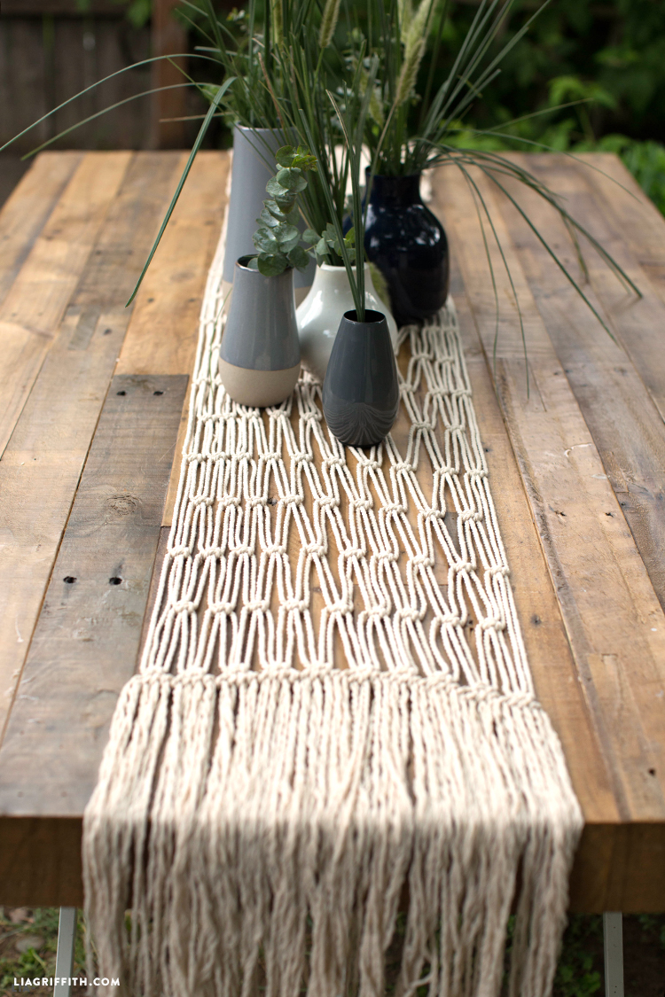 How To Macrame Runner