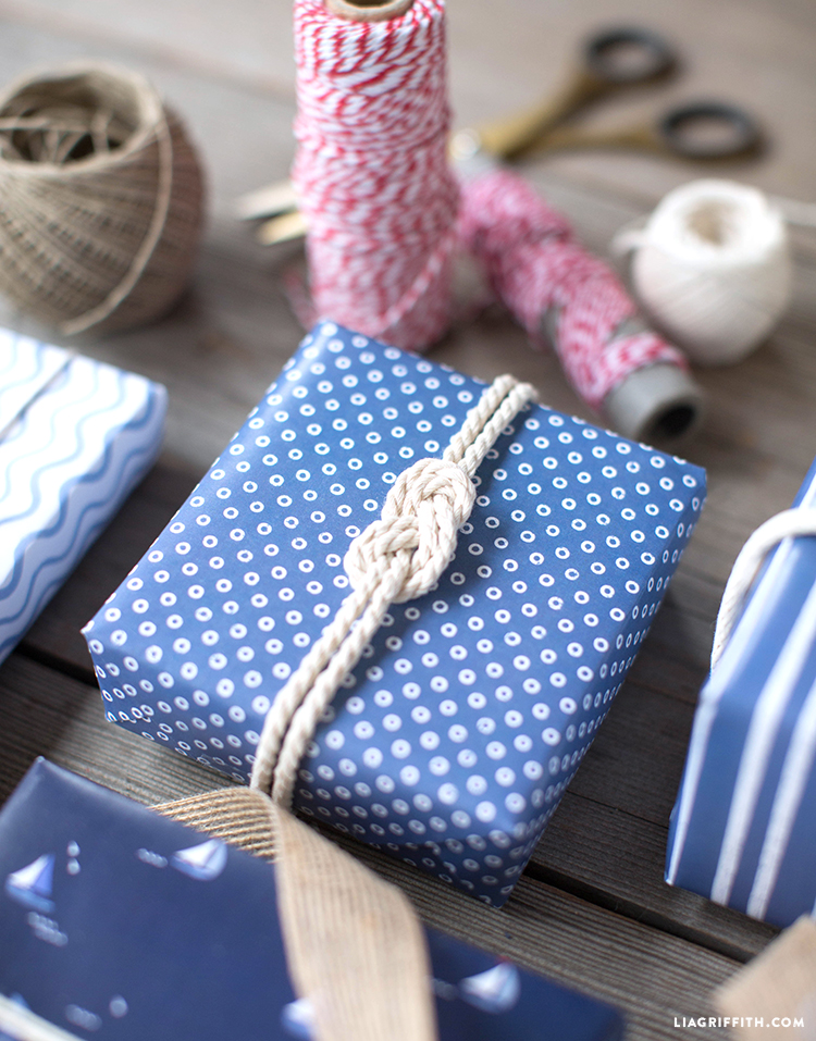 Gift Wrap w/ Square Knot Rope