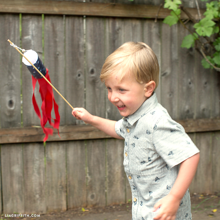 DIY Projects for Kids Windsocks