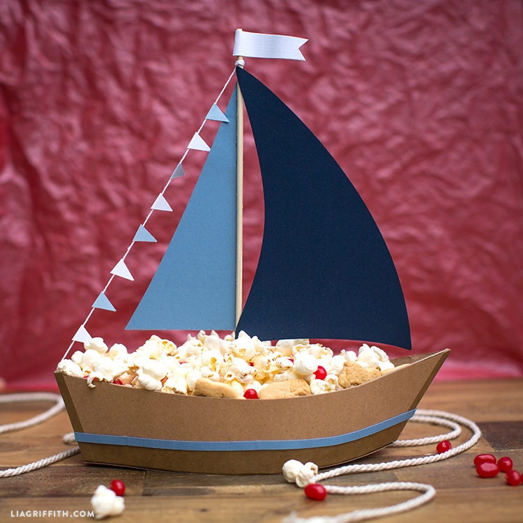 Nautical Centerpiece; Snacks for Kids Party