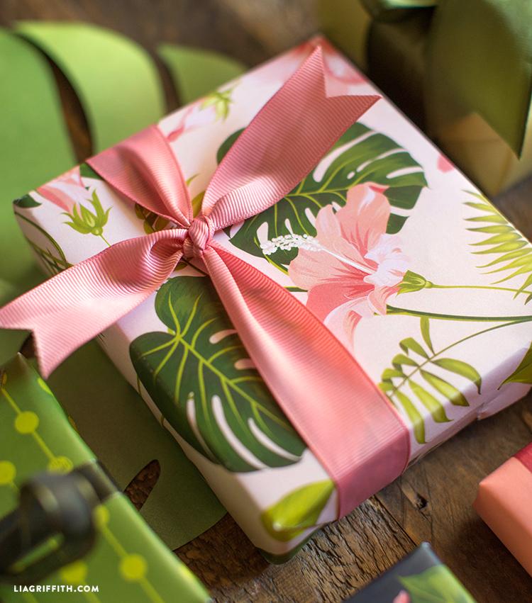 printable gift wrapping