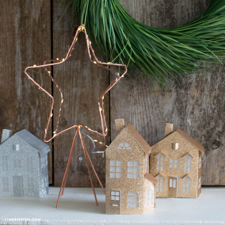 Copper wire star by Lia Griffith