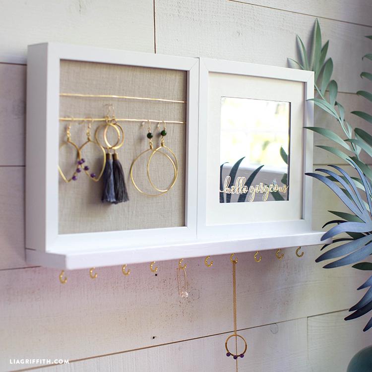DIY jewelry holder on wall
