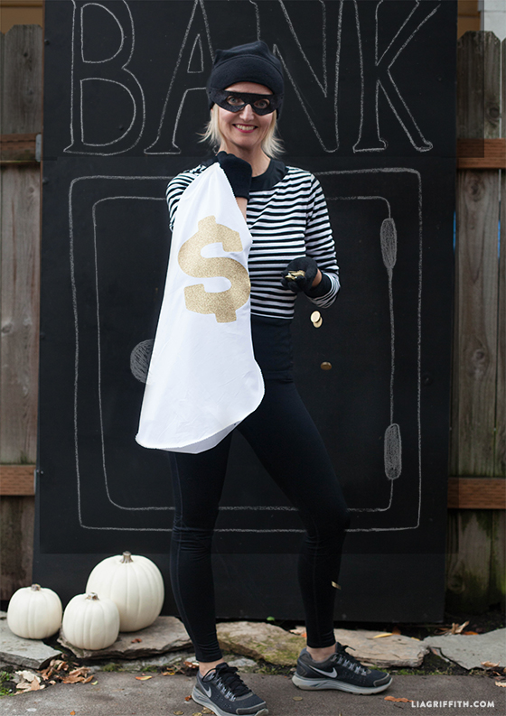 DIY bandit costume for adults