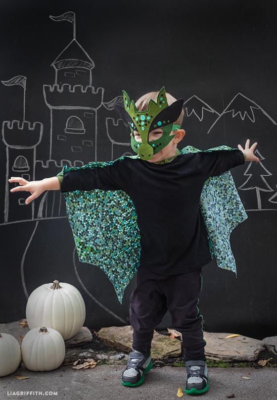Felt no-sew dragon costume