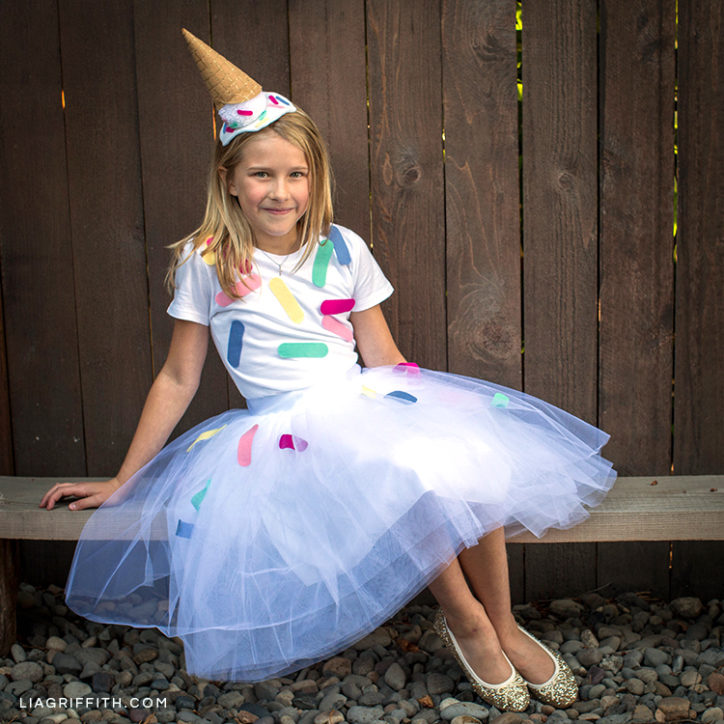 Kid's DIY ice cream cone costume