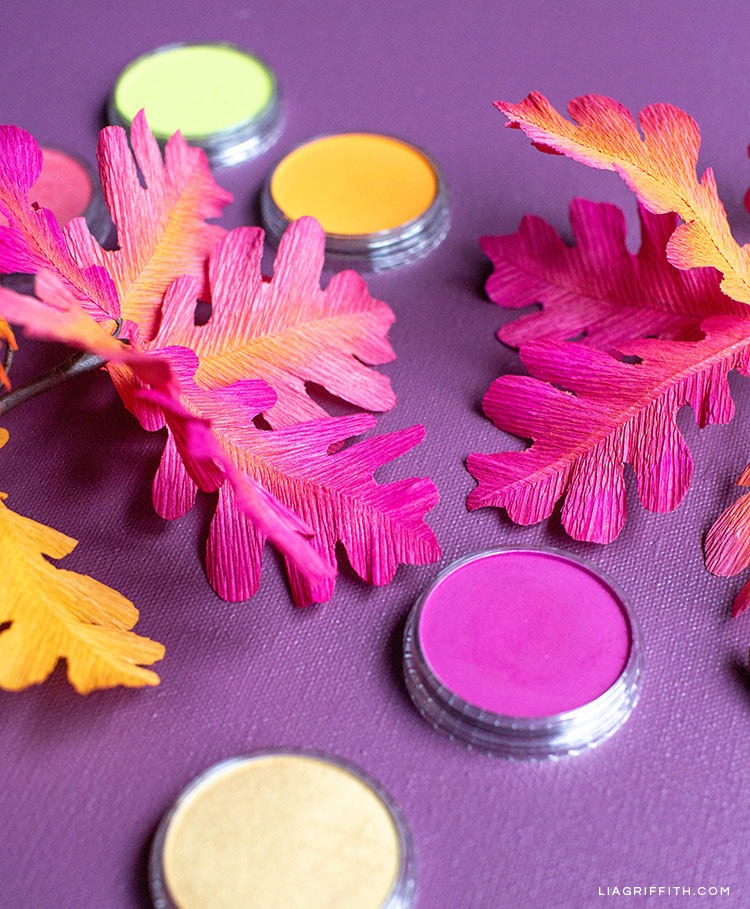 DIY ombré oak leaf branches and PanPastel colors