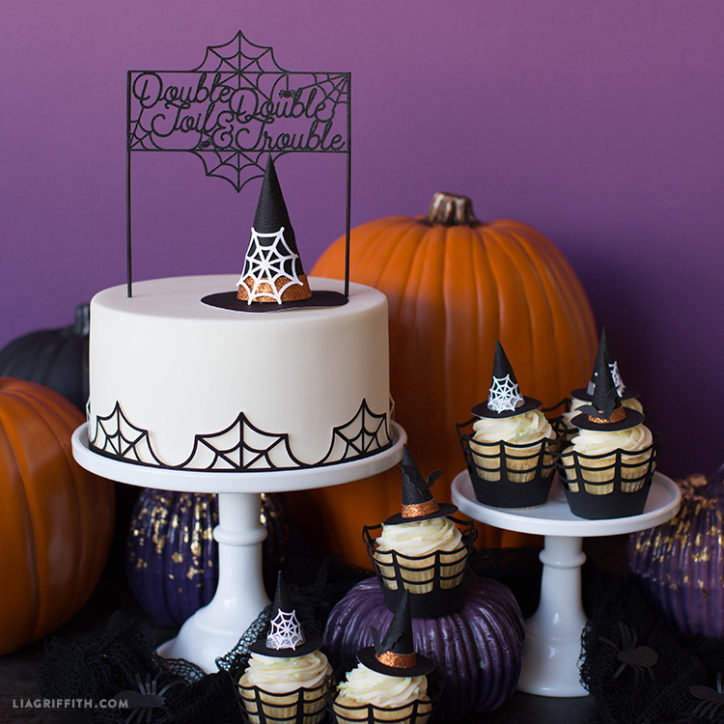 DIY Halloween cake topper and cupcake wrappers