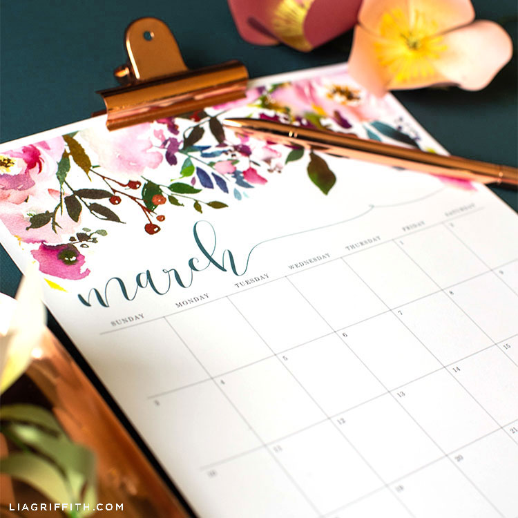 March 2019 printable calendar with pen and paper flowers