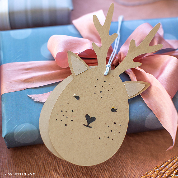 Deer gift tag on present