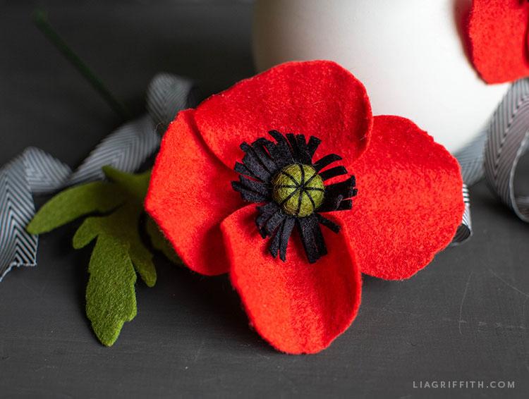 felt red poppy