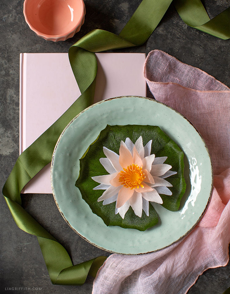 crepe paper water lily table setting
